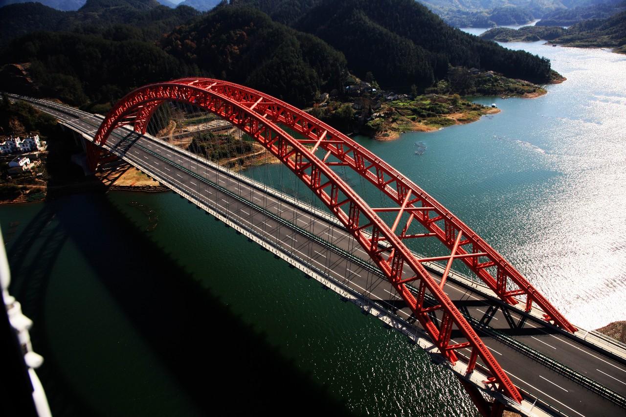 铜黄高速公路太平湖大桥.jpg