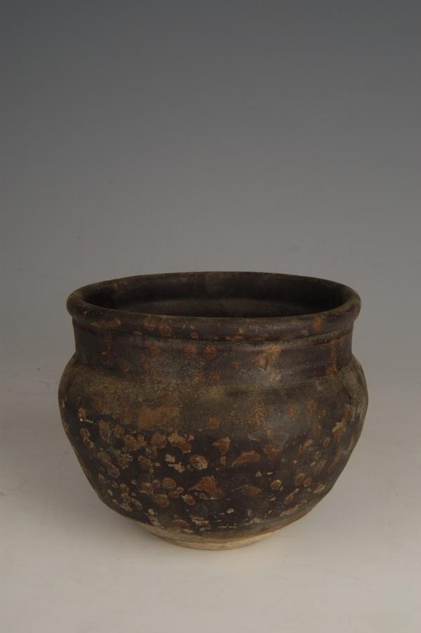 宋酱釉瓷钵