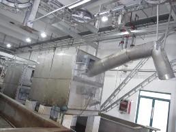 国内先进的运河式烫毛生产线.jpg
