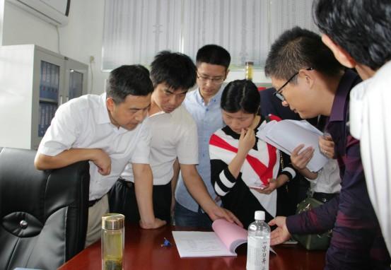 晋熙镇组织拟出列贫困村到岳西参观考察产业扶贫2.png