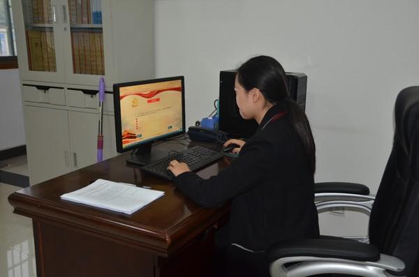 肥西:县气象局组织干部职工参与党的十九大知识测试.jpg