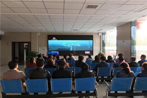 上派镇组织党员干部观看廉政微电影《迷途知返》_副本.jpg