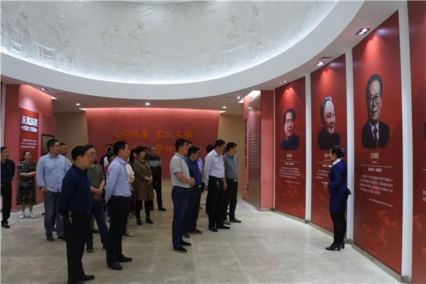 桃花镇组织党员干部参观学习安徽省党风廉政教育基地