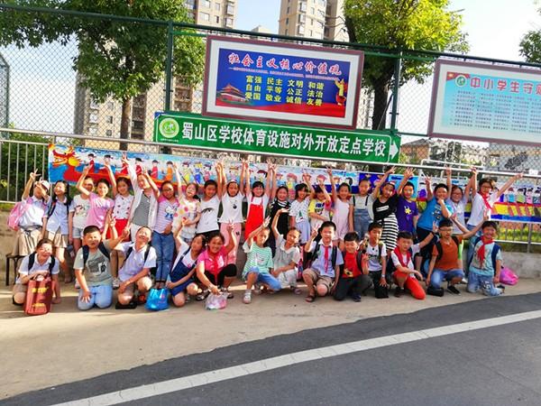 """小庙中心学校:""""学民俗,迎端午"""""""