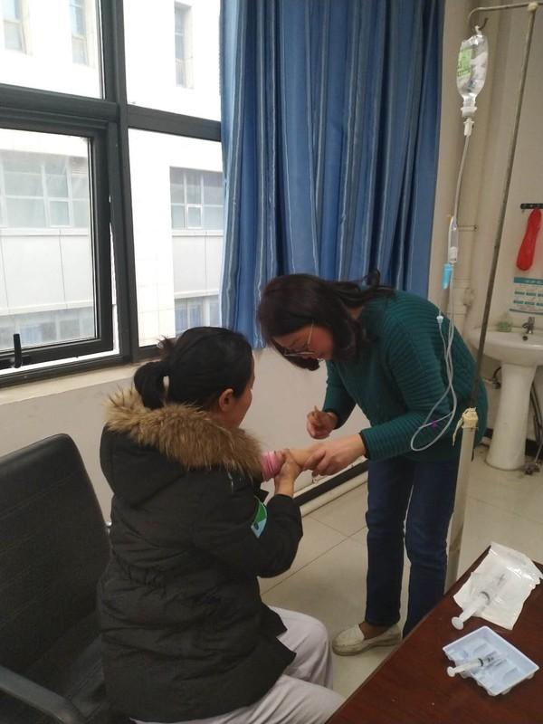 最美舒医人——记带病坚守一线的内镜中心护士吴蓉蓉和王舒存