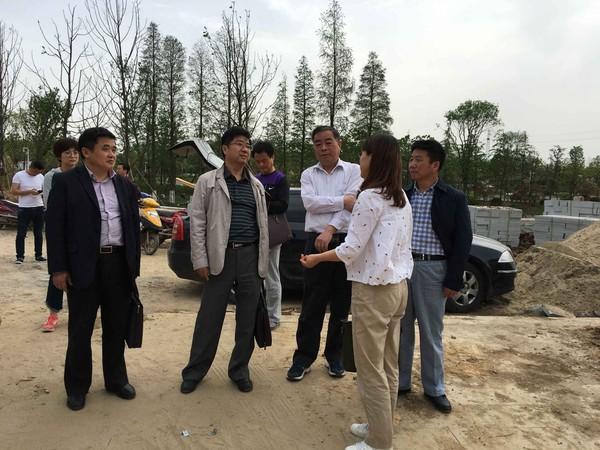 县政协副主席张立新视察紫蓬山景区道路及官亭林海景区内部基础设施建设情况