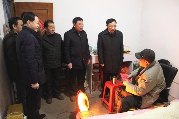 市委常委、组织部长张日升走访慰问我司困难党员