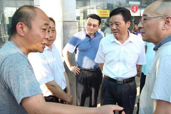 張冬陽副局長調研道路客運轉型發展