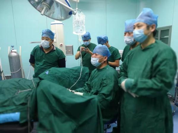 专家赴北区开展手术.png
