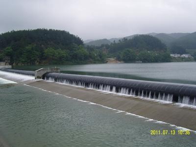 潛山縣五峰河攔水橡膠壩工程